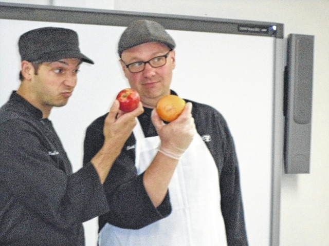 The Cooking Caravan delighted culinary fans with a Chef Battle at the Carnegie Public Library recently.