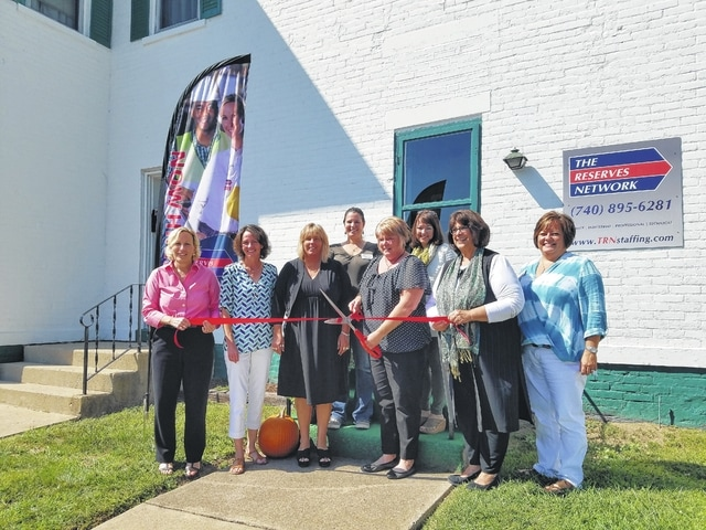 The Reserves Network celebrated the opening of its third location in southern Ohio with a ribbon cutting from the Fayette County Chamber of Commerce.