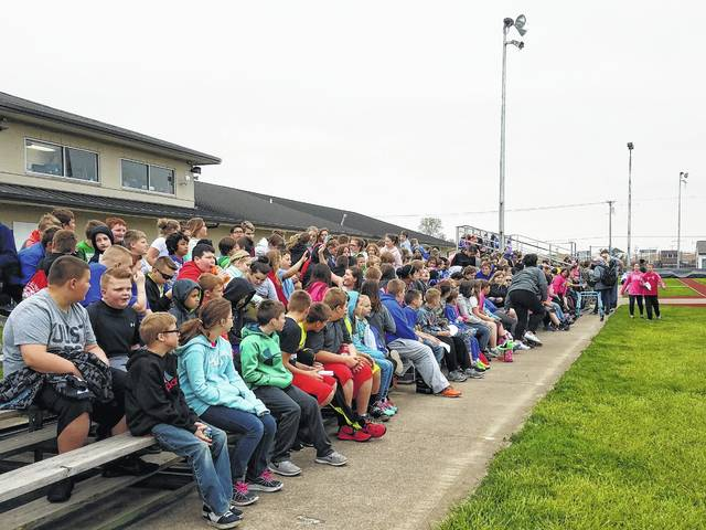 Belle Aire Intermediate School fourth and fifth grade students visited the Washington track and field to participate in an annual Blue Heritage Day event.