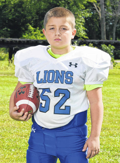 The Varsity White Lions Defensive Player of the Week is Zander Camden. Zander, a fifth-grader, had six tackles and several assists in the Oct. 7, 2017 game against Chillicothe.