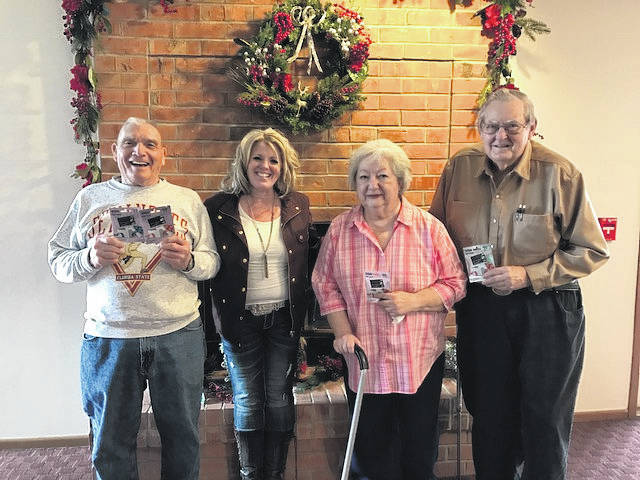 The first place team, which lost a total of 42 pounds, consisted of Barb and Al Roberts, Jim Runnels and Tina Leisure.