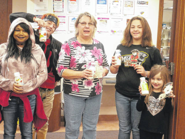 Jeffersonville Branch Library was the place to be for local crafters to create some beautiful bracelets, vases and pirates. Those enjoying the program were Keicha, Jordan, Wendy, Layia and Gabriella.