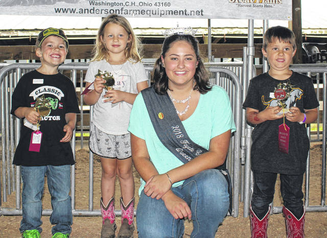 4-Year Old Winners — (l-r); Wyatt Meyer, 1st place; Paisley K. Thompson, 2nd place; Fayette County Fair Queen Jordan Bernard and Liam Steele, 3rd place.