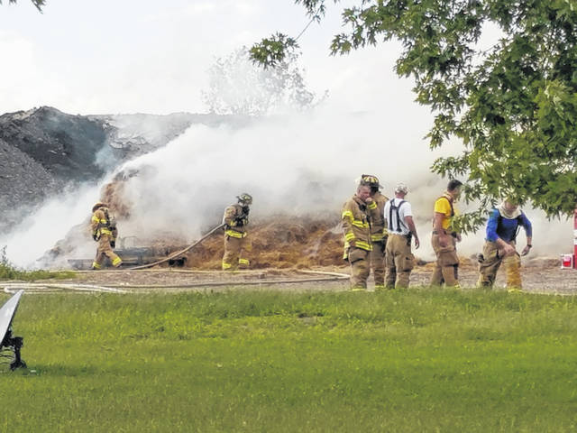 Members of the Wayne Township and Concord Greene fire departments responded to Creek Road on Wednesday afternoon on reports of a fire. Once on scene, firefighters worked to knock out a fire behind a home near the corner of Creek Road and Old U.S. Highway 35.