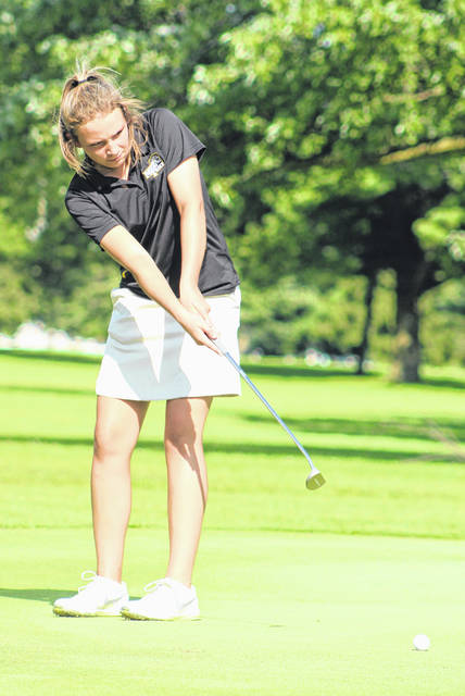 Miami Trace's Libby Aleshire putts during an FAC match at the Club at Quail Run Monday, Aug. 13, 2018. Aleshire was the medalist of the match with a score of 46.