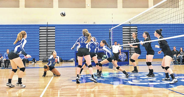The Washington Lady Blue Lions hosted the Miami Trace Lady Panthers for a varsity volleyball match Tuesday, Sept. 18, 2018. Pictured are, for Washington, (l-r); Tabby Woods, Hannah Haithcock, Halli Wall, Maddy Jenkins and Brittney Wilson and for Miami Trace, (l-r); Sidney Howard, Taylor Dawson and Laura Robinson.