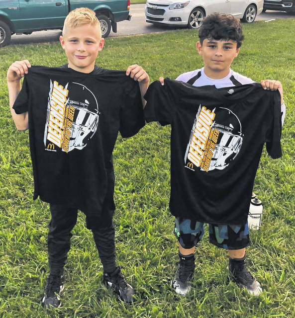 The Miami Trace Youth Football Program announces its players of the week for games played Oct. 6 and 7, 2018. (l-r); Ty Stuckey, Defensive Player of the Week and Alex Utrera, Offensive Player of the Week. In games played this past weekend, the Miami Trace Varsity Gold team shut out Jackson, 6-0; the Varsity White team fell to Chillicothe, 14-0; the Varsity Black team lost to Washington, 13-8; the J-V White team lost to Chillicothe, 26-6 and the J-V Black team beat Washington, 19-13.
