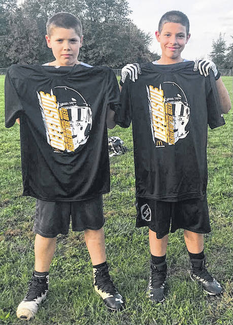 The Miami Trace Youth Football Program announces its players of the week for games played Sept. 29 and 30, 2018. (l-r); Isiah Freeze, Offensive Player of the Week and Jeffrey Fowler, Defensive Player of the Week. In games played last weekend, the Miami Trace J-V Black team lost to Fayetteville, 27-24; the Varsity Black team beat Fayetteville, 25-19 and the Varsity Gold team defeated the Varsity White team, 12-7.