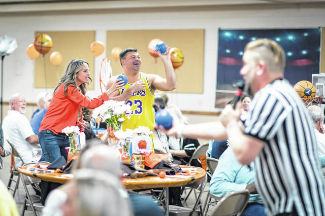 The YMCA recently held the eighth annual Celebrity Waiter Dinner to raise money for programs at the family center.