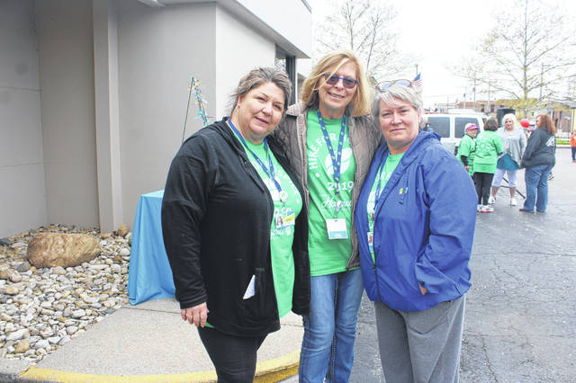 Pictured (L-R) are Katie Bottorff, Patti Settlemyre and Tammy Bobbitt. Bottorff is the community care liaison for Ohio's Hospice of Fayette County. Settlemyre is the executive director. Bobbitt is the team leader.