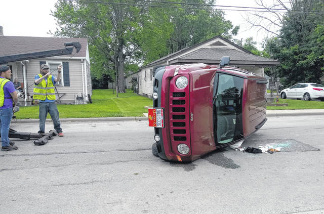 On Friday afternoon, a vehicle overturned while traveling on Brown Street in Washington Court House. No serious injuries were reported at the time. A Washington Court House Police Department officer who was on-scene said the driver struck a parked car. The driver of the vehicle stayed at the scene while the vehicle was up-righted.