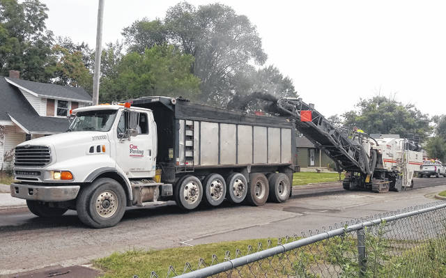 Cox Paving began grinding and re-pavement projects in the city of Washington Court House on Tuesday morning. Florence Street was one of the first areas to be worked on. The completion date for the projects is weather-dependent.