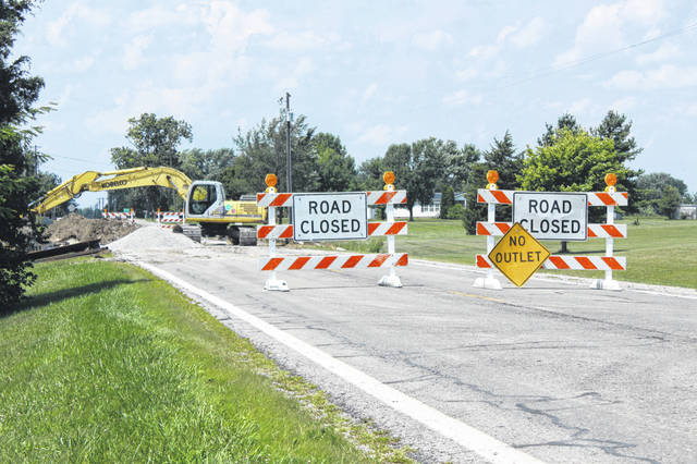 State Route 41 between Prairie and Bloomingburg-New Holland roads has been closed as Ohio Department of Transportation (ODOT) crews put an upsized crossover pipe this last week. According to a local ODOT official, the goal is for the project to be completed by Friday.