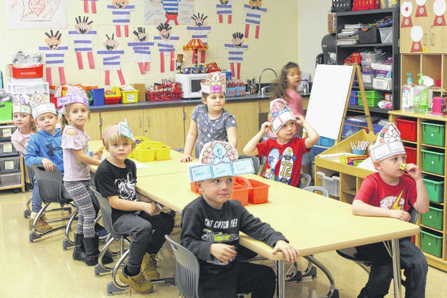 Ms. Angy Trents' class was one of many at Miami Trace Elementary holding small Thanksgiving celebrations as a group. Ms. Trents' students made hats and also made a mix of foods for them to enjoy.