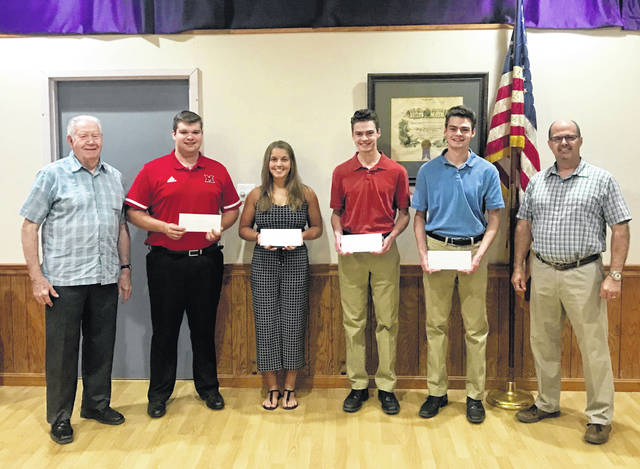 The Elks Lodge #129 recently congratulated the Elks 2020 local scholarship winners. From left to right are Edward Helt, of Elks #129, winners, Trevor Minyo, Kylie Pettit, Simon DeBruin, Henry DeBruin, and Elks #129 member Matt Barga.