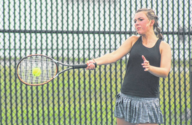 Miami Trace's Alex King makes the return during a second singles match against Unioto Thursday, Aug. 27, 2020 at Miami Trace High School.