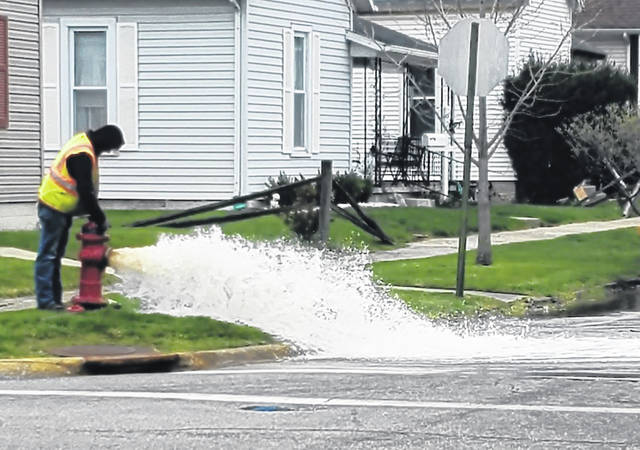 Recently, city personnel could be seen flushing hydrants within Washington Court House. Flushing the main water line via the hydrants accomplishes at least two objectives: knock sediment loose that has settled in the pipes, and check to make sure all hydrants are working properly.