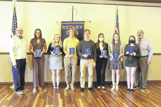 During the Washington Court House Rotary club meeting on Tuesday, eight Washington High School seniors were honored. Pictured (left-to-right) are: Rotary President Dr. Tom Bailey, Emily Semler, Madison Gilmore, Reilly Downing, Preston Hines, Analese Mitson, Ashlynn Thevenot, Morgan Williams and City Manager Joe Denen. One student who was not in attendance was Hayden Brown.