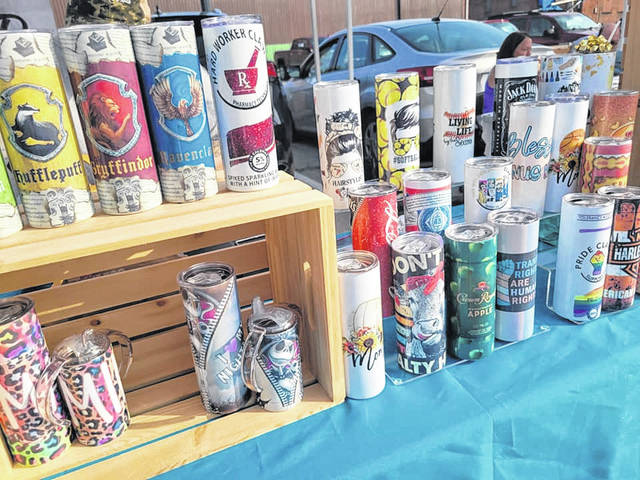 One of the vendors planning to be at today's market is Cloud9D (Nicole Daugherty): Tumblers, slate photos and jewelry with lots of customizable gifts.