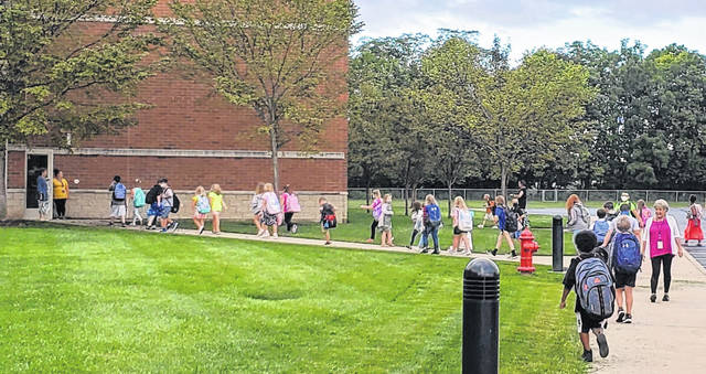 Miami Trace Elementary students entered the school building safely and calmly as staff assisted them in getting where they needed to go.