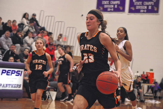 Wheelersburg's Mallory Bergan drives to the basket against Chesapeake.