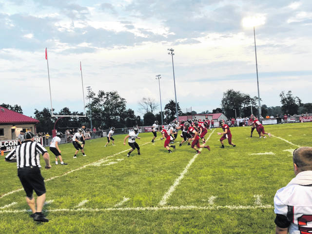The Minford Falcons defeated the Oak Hill Oaks in Minford Friday night by a final score of 39-0.