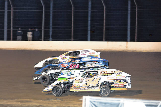 Four wide action during the modified race held on Thursday night at PRP prior to Saturday's main event.