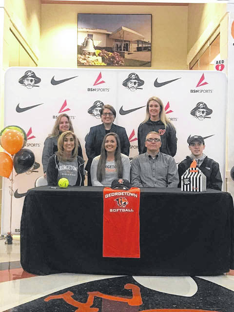Wheelersburg senior Sarah Claxon signed her LOI with Georgetown College (Ky.) Monday afternoon to play softball for the Tigers beginning next fall.