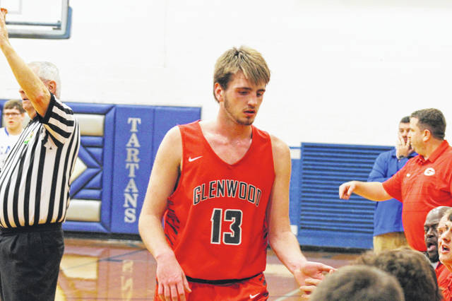 Glenwood's Kyle Sexton led all scorers at halftime with 22 points in their road trip to East Tuesday.
