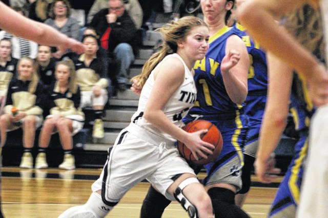 Notre Dame's Ava Hassel led all scorers with 15 points in Thursday's 48-24 win over Clay.