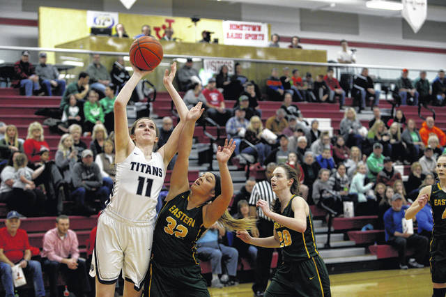 af922e76 Even through foul trouble, Notre Dame senior Katie Dettwiller scored a  team-high 15 points in a 48-38 win over Eastern Meigs in a Division IV  district final ...