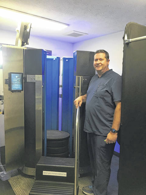 Dr. Jeff Hanes with his new Cryotherapy technology.
