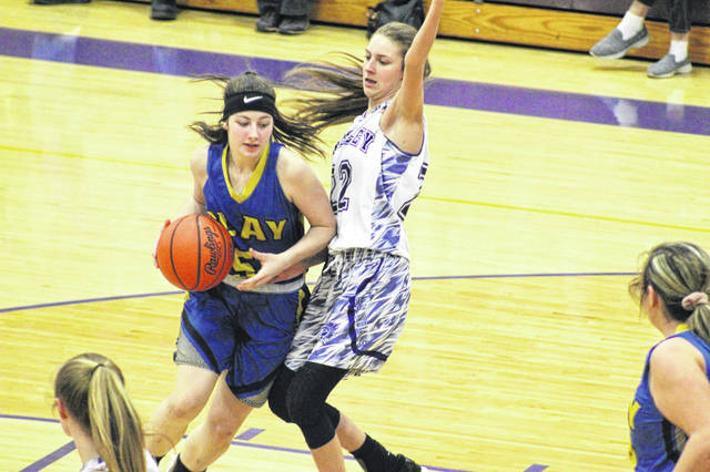 Clay's Shaley Munion (5) scored a game-high 21 points in the Lady Panthers' six-point road loss to Valley.