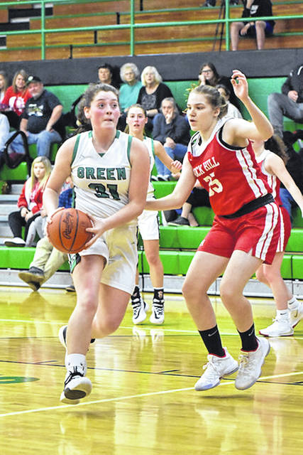 Green won their non-league game 46-43 versus Fairview (Ky.) after junior Kame Sweeney's (31) game-winning three with one second left in overtime.