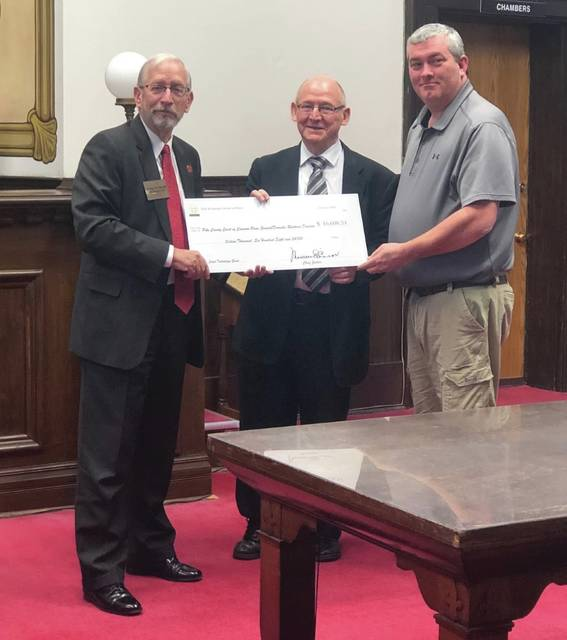 Justice Fischer was in Pike County Court to deliver tech grants. In attendance, Justin Brewster, Clerk of Courts, Jerry Miller, Pike County Commissioner, JudgeTony Montgomery, Pike County Commissioner, and Jason Frazier, Chief Probation Officer. Judge Deering and Judge Mike Hess 4th District court of appeals.