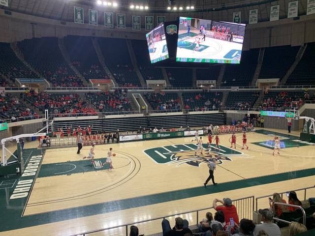 New Boston and South Webster competed in their respective Division IV district semifinals on Tuesday, March 3rd at the Convocation Center in Athens.