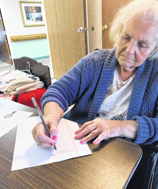 W. Blankenship, one of the residents at Rosemount Pavillion, writing back to one of her pen pals.