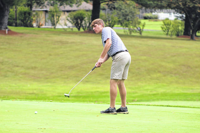 Minford junior Caleb Stockham shot a 15-over (87) to place as the fourth individual who was not a member of a district qualifying team from the Division II sectional championships at The Elks Country Club on Tuesday.