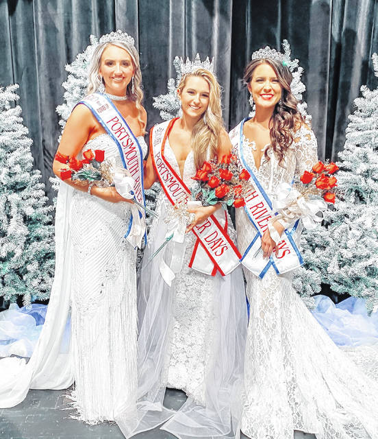 River Days 2020 Queen and her court Left to Right: Shelby Easter Miss Glenwood 1st Runner-up, Queen Ezra Veach Miss Minford, and 2nd Runner-up Sydney Carter Miss West.