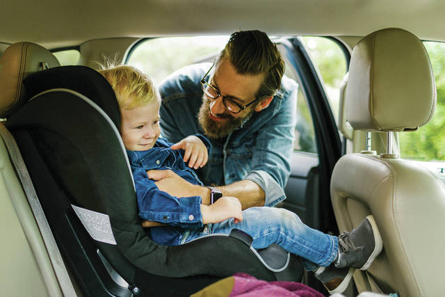 When a seatbelt is fitted over a puffy jacket, the jacket can compress in a crash and create a gap between the harness and the child.