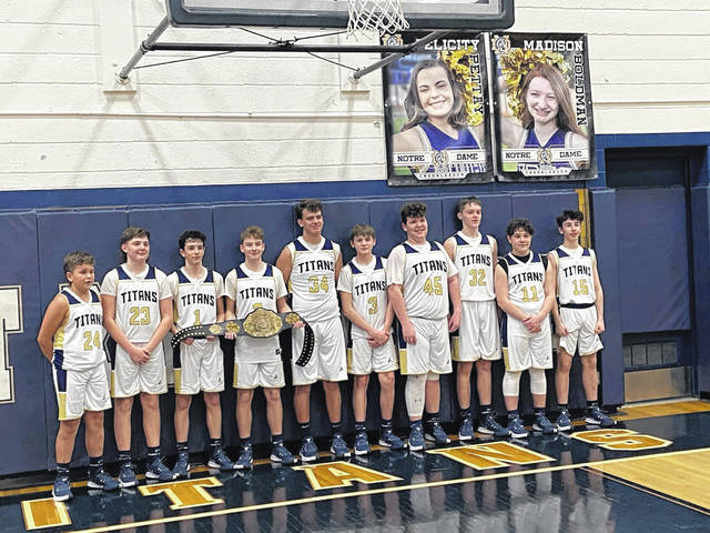 The 2020-21 Notre Dame junior high boys 7th and 8th grade teams finished their seasons a combined 25-0 (7th grade 8-0; 8th grade 17-0). Congrats to the Titans and each member of their SOC I championship team: LANDON BARBARITS – AARYN BRADFORD – BRODY COLEMAN – EUGENE COLLINS – BRADY DAVIS KADEN HADSELL – ETHAN KINGREY – DAVIN LOGAN – BRYCE MCGRAW – MYLES PHILLIPS