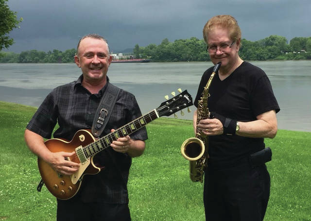 Tom Stephens and Gary Billups have released a new album named Spring Nocturnes and is composed of nine jazz songs that focus on spring.