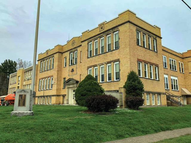 According to a Facebook post on the East High School's Facebook page, the Governing Board decided that students would not attend in-person classes and attend class remotely due to such a high number of COVID cases and quarantines. All staff will report as normal and once school is back in session, masks will be required for an indefinite period.