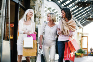Major benefits to early holiday shopping