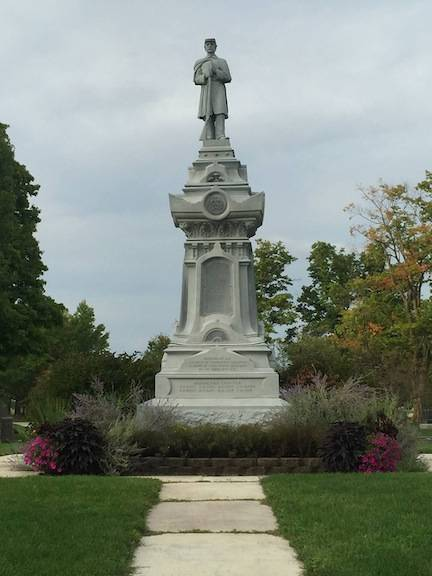 The Civil War Monument in Glendale Cemetery is deteriorating. The Glendale Cemetery Tours are helping to raise funds for its repair.