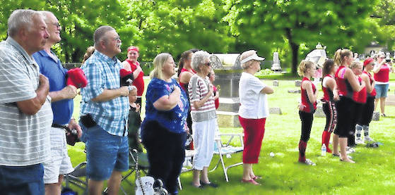 The crowd observes Memorial Day at Glendale Cemetery.