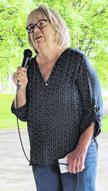 Mayor Susie Peyton speaks to Morrow County Chamber of Commerce members at its June 18 luncheon at the park.