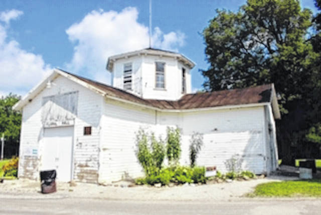 A grant was awarded to Keep Morrow County Beautiful, Morrow County Recycling and the Morrow County Commissioners and provides paint and limited supplies to repaint the exterior of Floral Hall.