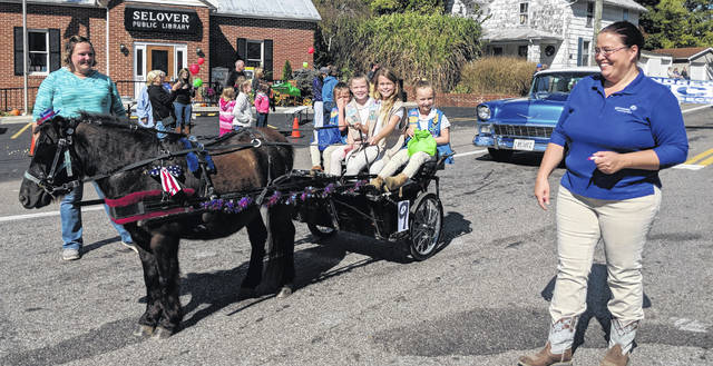 Girl Scouts enjoyed a ride with Jackie Johnson and the pony and cart.