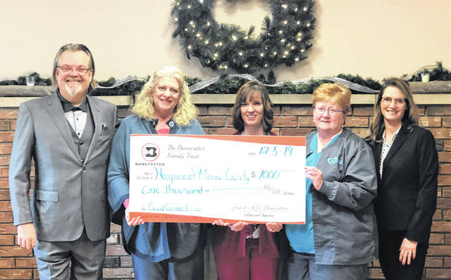 Hospice of Morrow County, Inc. recently received a $1,000 donation from the Bonecutter Family as part of the Bonecutter's monthly Charitable Giving Campaign. Rockwell and Krista Bonecutter presented the check to Volunteer Coordinator Jan Lower, Social Worker and Bereavement Coordinator Kathy Bright and Executive Director Julie Blankenship.